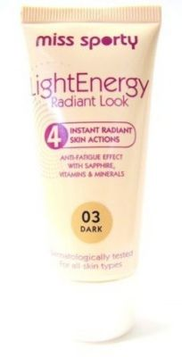 Miss Sporty Light Energy Radiant Look Foundation - 02 Medium